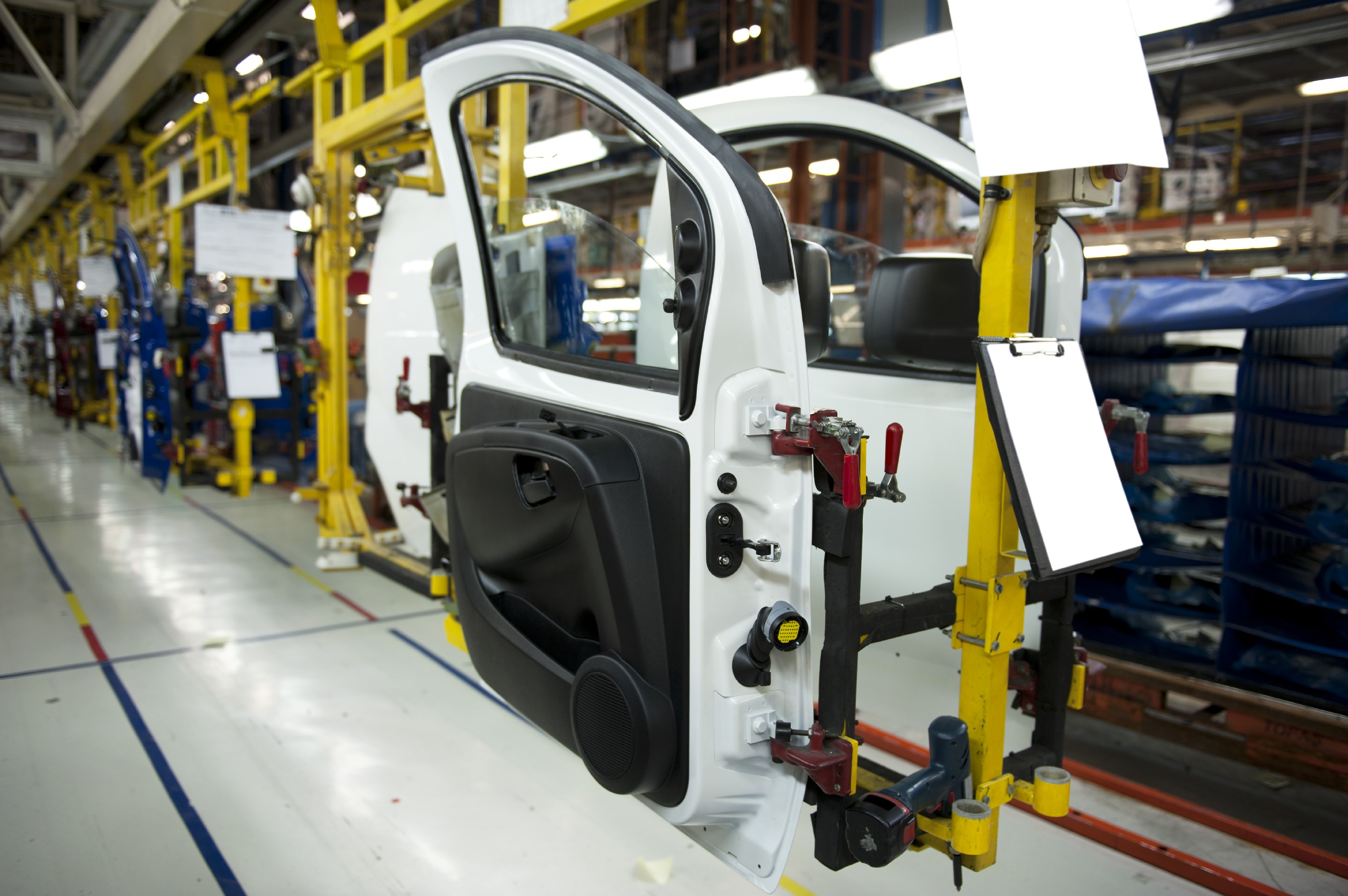 Advanced Plastics Make Tomorrow S Vehicles More Efficient Affordable And Attractive Electrical Engineering News And Products